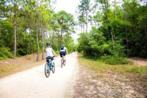 à proximité des pistes cyclables et de randonnées